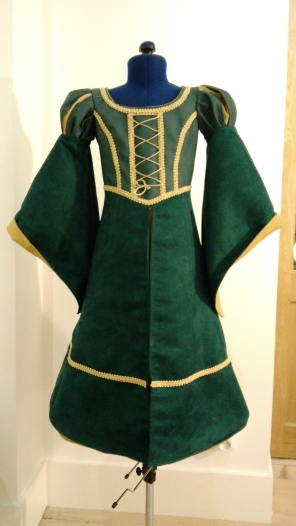 Robe Mérida, modèle complet